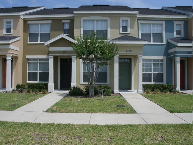 villas-at-carver-park-orlando-fl-building-photo